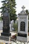 A Raffensperger család sírrkövei