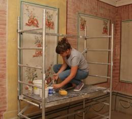 Megújul a Polgárlakások falfreskója a Fabricius-házban