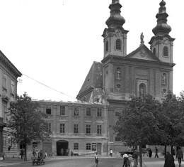 Sopron anno – Soproni Múzeum: Egyetlen ismert képsor a Tschurl-ház bontásáról